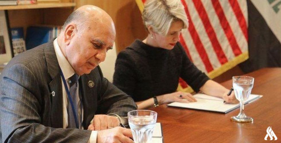 بغداد وواشنطن توقعان مذكرة تفاهم بقيمة 5 مليارات دولار لخلق فرص عمل في العراق