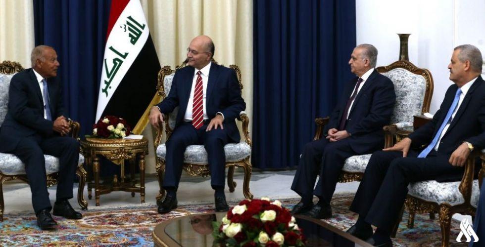 رئيس الجمهورية لأبو الغيط: نعمل مع الجميع من أجل سلام المنطقة واستقرارها
