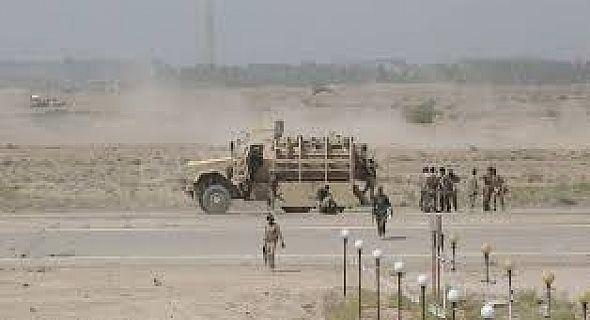 قوات قيادة عمليات الانبار تواصل تطهير المنازل والشوارع من العبوات الناسفة في احياء الرمادي